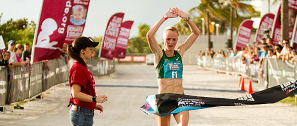 Shalane Flanagan wins Miami Half