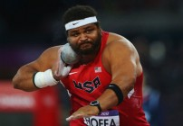 Hoffa claims bronze