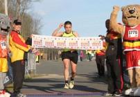 Former U.S. Army Runner Wins Marine Corps 17.75K